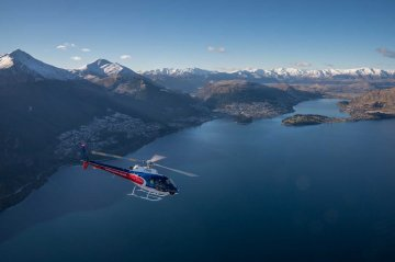 Discover the Beauty of Queenstown with a Helicopter Flight